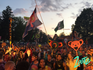 """Massive crowd at the """"Ranch"""" stage moments before Bassnectar's performance. ©Zooted.co"""
